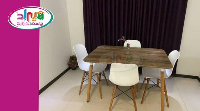 میز صندلی پایه چوبی پلاستیکی